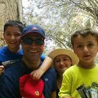 Shadi Oueijan Travel Blogger