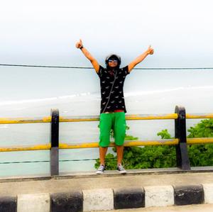 Fenil Patel Travel Blogger