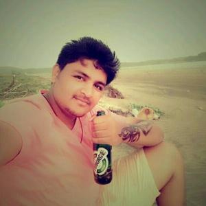 Hardik Kapoor Travel Blogger