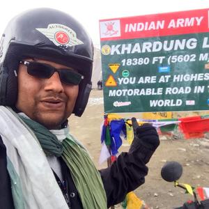 Sandeep Athreyas Travel Blogger