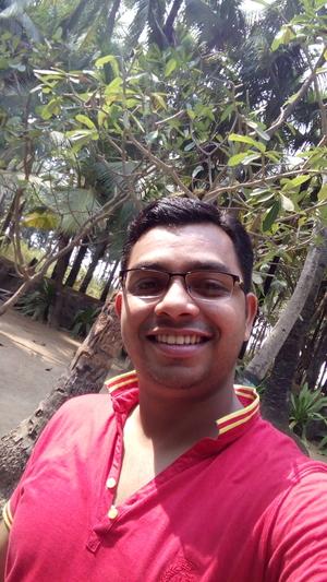 VIVEK RATHOD Travel Blogger