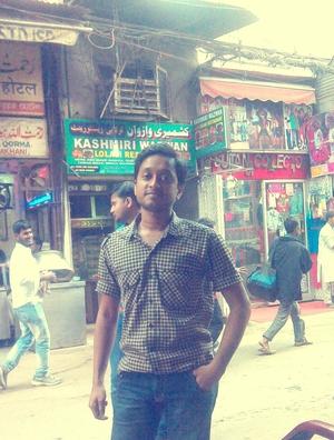 Robin Mukherjee Travel Blogger
