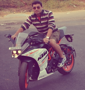 Raman Sharma Travel Blogger