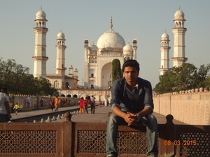 sagar sakre Travel Blogger