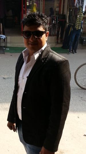abhi gupta Travel Blogger