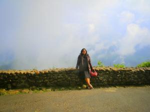 Khushi Chowdhury Travel Blogger