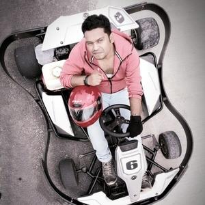 Bipin Tanti Travel Blogger