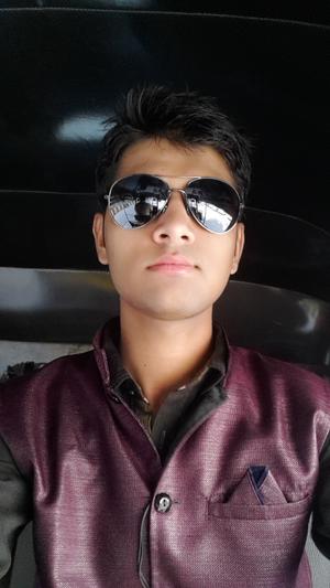 Rohit  Maraj Travel Blogger