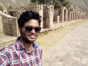 Abhishek Raj Travel Blogger