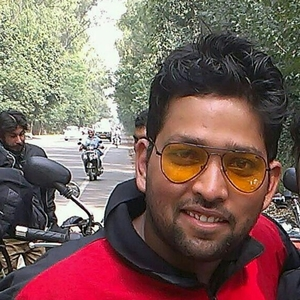 Arpit Vaish Travel Blogger