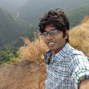 Revan Travel Blogger