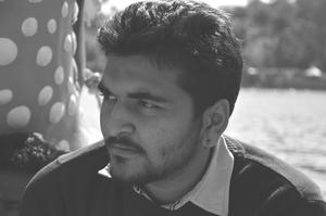 Dipesh Bhoraniya Travel Blogger