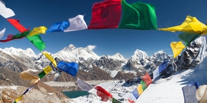 "Death by ""Everest"" - the 200+ bodies living above 8000 mts"