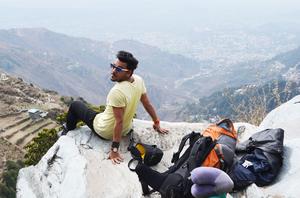 Ishank Ahuja Travel Blogger