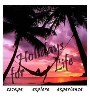 HolidaysForLife Travel Blogger