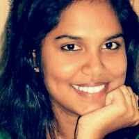 Annie Monisha Travel Blogger