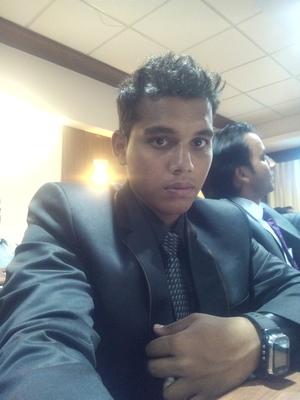 Dinesh Sanapala Travel Blogger