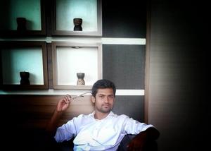 Tejas Pardeshi Travel Blogger