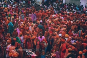 Why should you visit Vrindavan for Holi once in lifetime ?