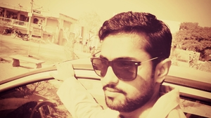 sanju Travel Blogger