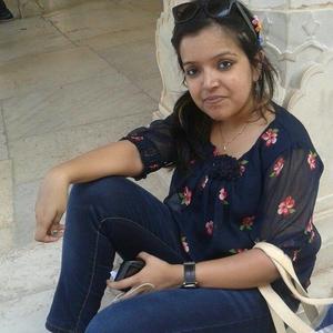 Shom Travel Blogger