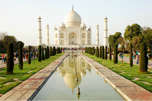 A Shining Day in Agra...