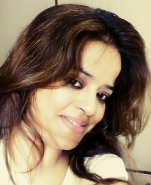Sohita Dikshit ♥♥♥(Ghamandi Indian...) Travel Blogger