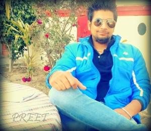Preet Kapoor Travel Blogger