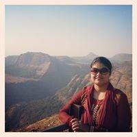 Tahneet Afroz Travel Blogger