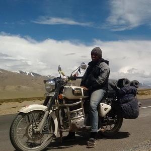 Bhishma Choudhary Travel Blogger
