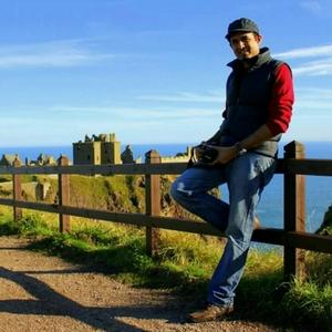 Niks Muthanna Travel Blogger