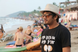 Hermil Savla Travel Blogger
