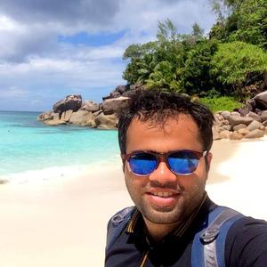 Onkar Patwardhan Travel Blogger