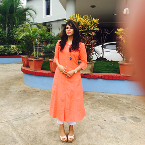 Abinaya Hariharan Travel Blogger