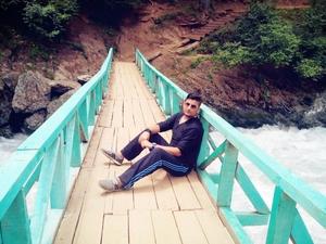 Dinesh Bargotra Travel Blogger