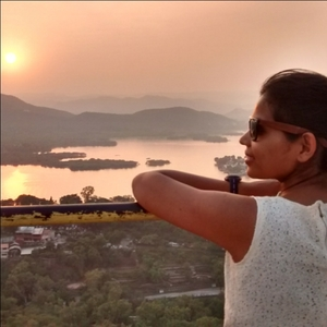 snehal poojari Travel Blogger