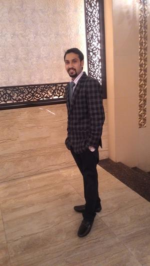 RISHABH MEHTA Travel Blogger