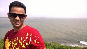 Dilip Raju Travel Blogger