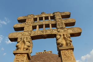 Finding solitude at one of the oldest Buddhist monuments of India - Sanchi Stupa, Madhya Pradesh