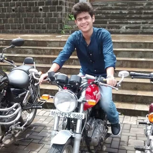 Abhinav Suyal Travel Blogger