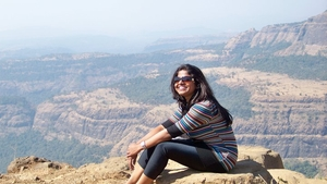 Shraddha Manjrekar Travel Blogger
