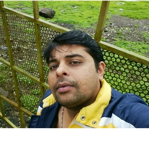 hiren  Travel Blogger