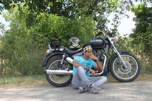 Waqar Yunas Travel Blogger