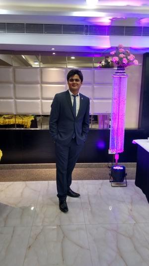 Siddharth Shukla Travel Blogger