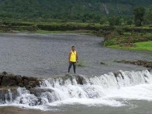 Samyak Shah Travel Blogger