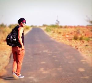 rohan  Travel Blogger