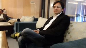 Varun Malhan Travel Blogger