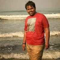 KARAN SARUN Travel Blogger