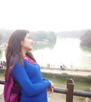 Monali Barbate Travel Blogger