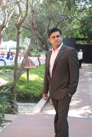 Pankaj Madaan Travel Blogger